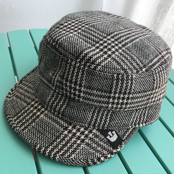Goorin Bros. Houndstooth Cadet Hat EUC. M 5acd6e69caab448f60c031eb e97857f120a